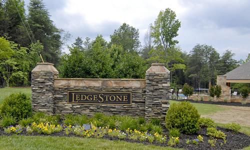 ledgestone-front